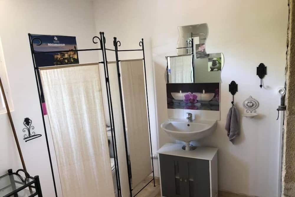 Dobbeltværelse - badekar (Coquelicot) - Badeværelse