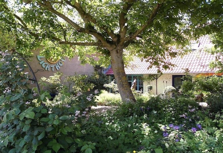 Gästehaus und Cafe - Lichthof, Gaedheim