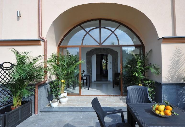 Villa Emanuel, Sant'Agnello