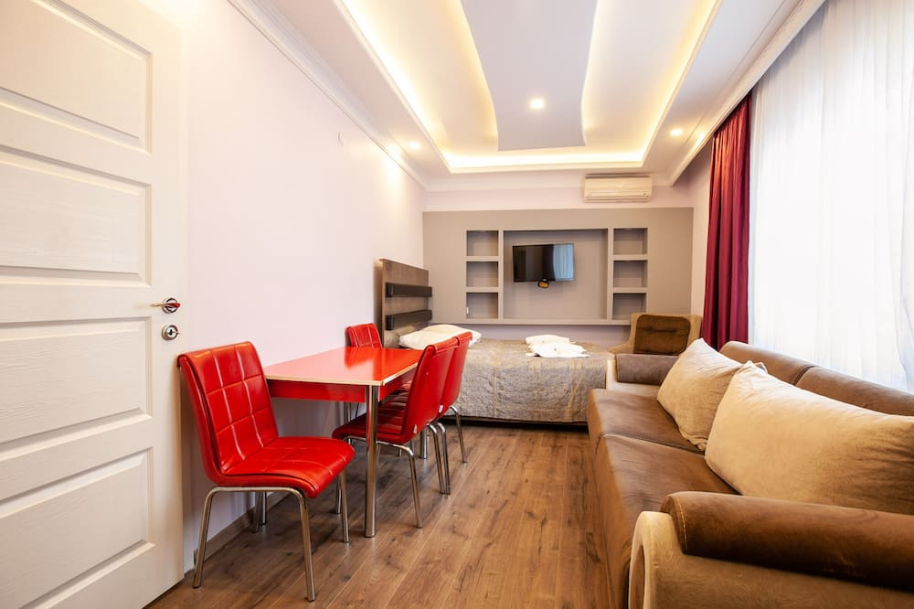 Familjelägenhet - 2 sovrum - Vardagsrum