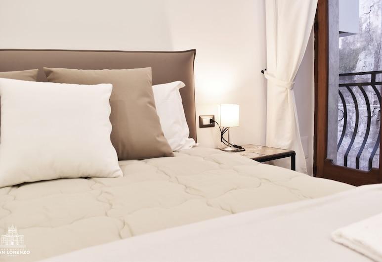 聖羅倫佐民宿, 那不勒斯, 豪華四人房, 客房