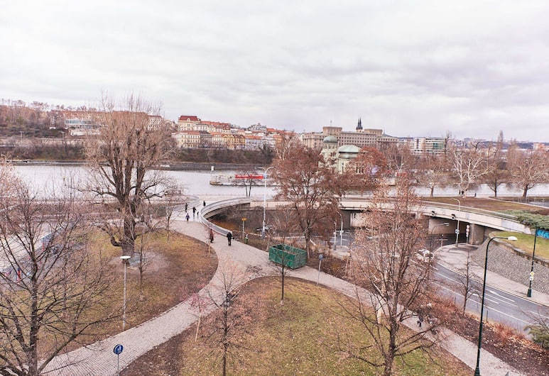 EXCLUSIVE APARTMENT IN THE CENTER WITH RIVER VIEW, Praha, Panoraminis vaizdas