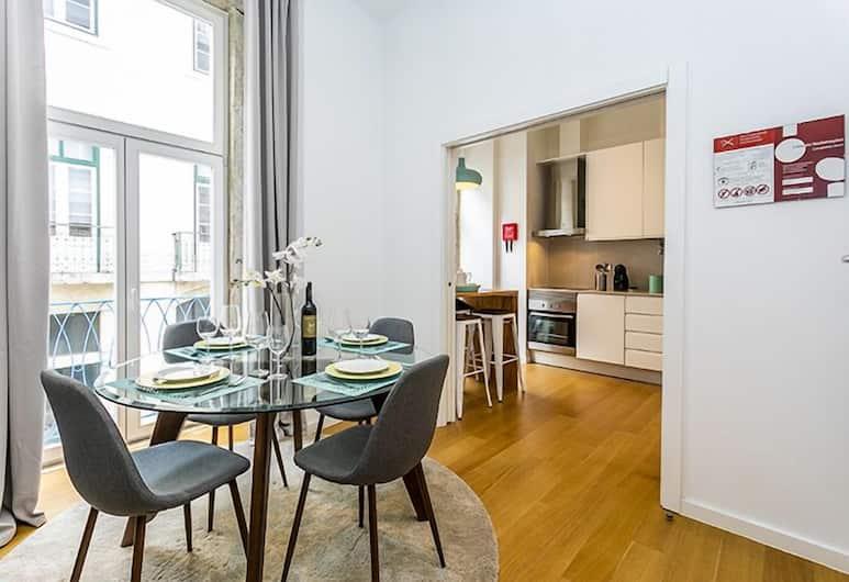 LxWay Apartments Pedras Negras, Lissabon, Apartment, 2Schlafzimmer, Essbereich im Zimmer