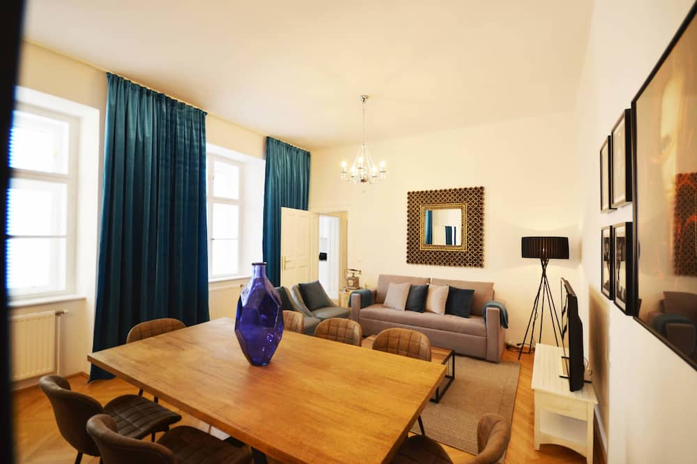 Deluxe Apartment, 2 Bedrooms (without rooftop terrace) - In-Room Dining