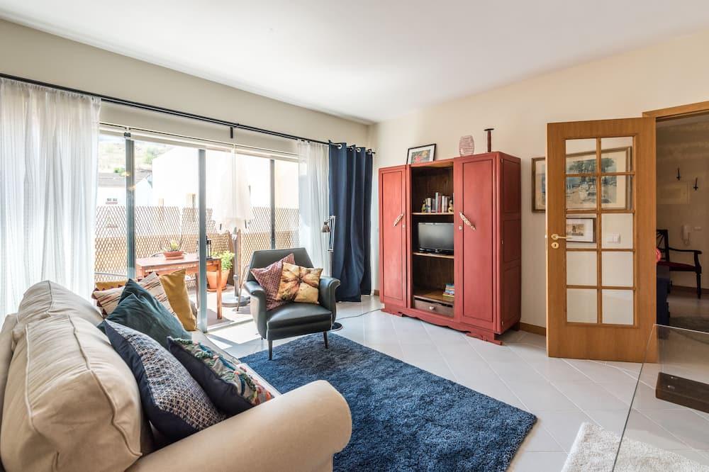 apartman, 2 hálószobával, mozgássérültek számára is hozzáférhető, kilátással a hegyre - Nappali