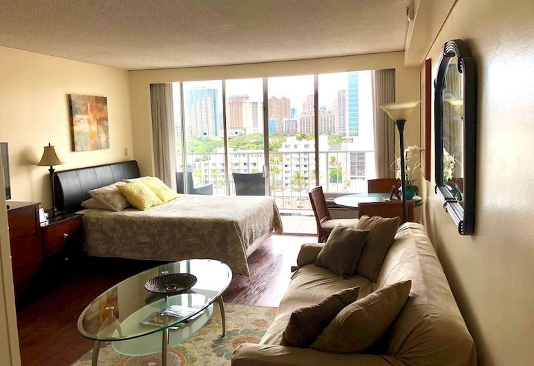 Marine Surf Condo/free Parking/free Wifi/ 14, Honolulu, Condo, Multiple Beds (Marine Surf condo/free parking/free W), Living Room