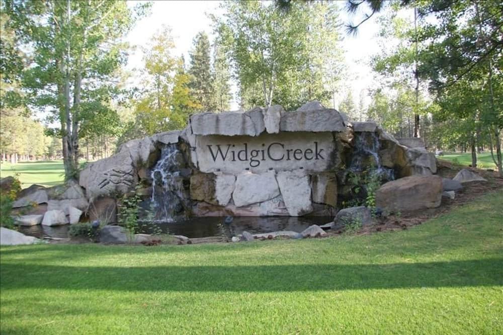 Dům, více lůžek (Widgi Creek Golf Course 18th Fairway ) - Vchod