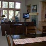 Dům, více lůžek (Widgi Creek Golf Course 18th Fairway ) - Obývací prostor