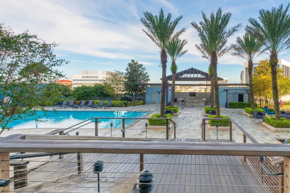 Condo, 1 King Bed (STUNNING LAKE EOLA VIEW SKY-RISE PENT) - Outdoor Pool