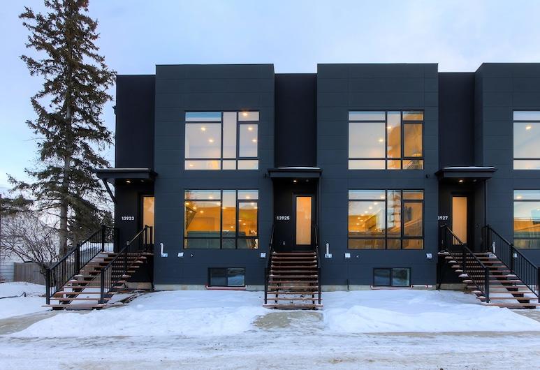 NEW LUXURY TOWNHOME 25, Edmonton, Overnatningsstedets facade