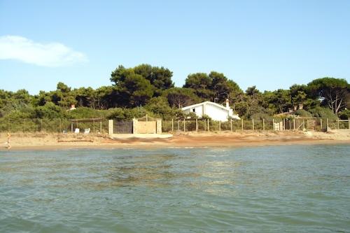 ヴィラルイサマリアプライベートビーチと海の上のユニークで排他的な休日。/
