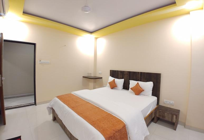 Hotel Mangal Residency, Lonavala, Standard Room, City View, Guest Room