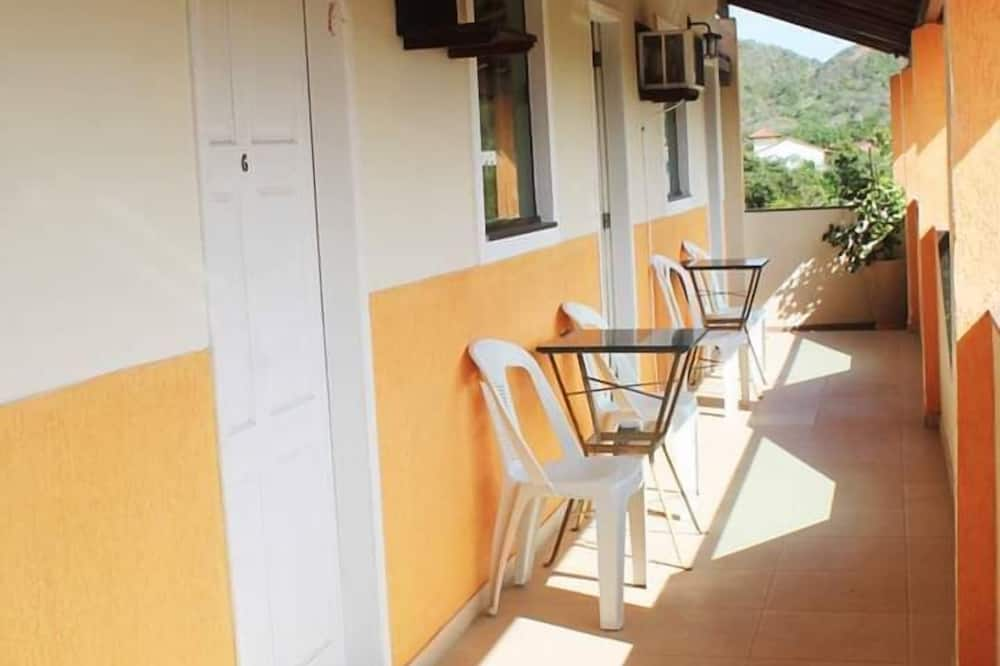 Basic Double or Twin Room, 1 Double Bed, Non Smoking - Balcony