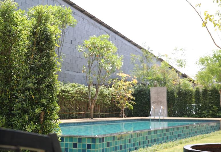 Latima Boutique Hostel, Kanchanaburi, Outdoor Pool