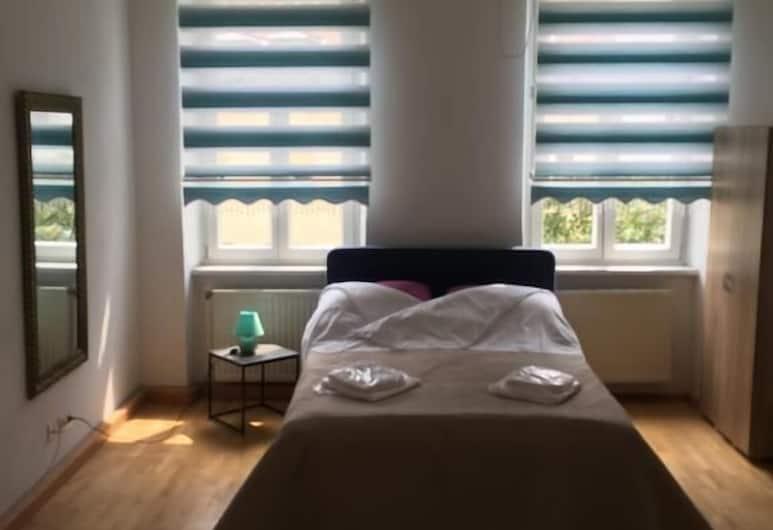 Best Apartments, Bécs, Gazdaságos szoba, 1 kétszemélyes ágy (shared kitchen, bath, 3 rooms, No.:10), Szoba