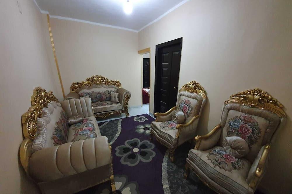 Apartment With Pyramids View - Ruang Tamu