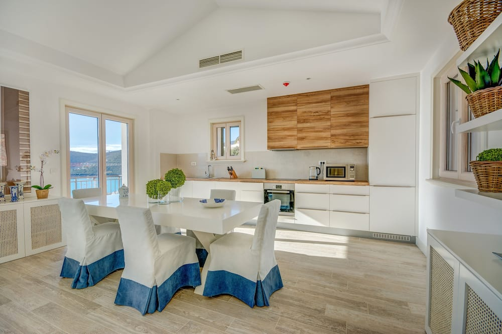 Apartament - Bilard