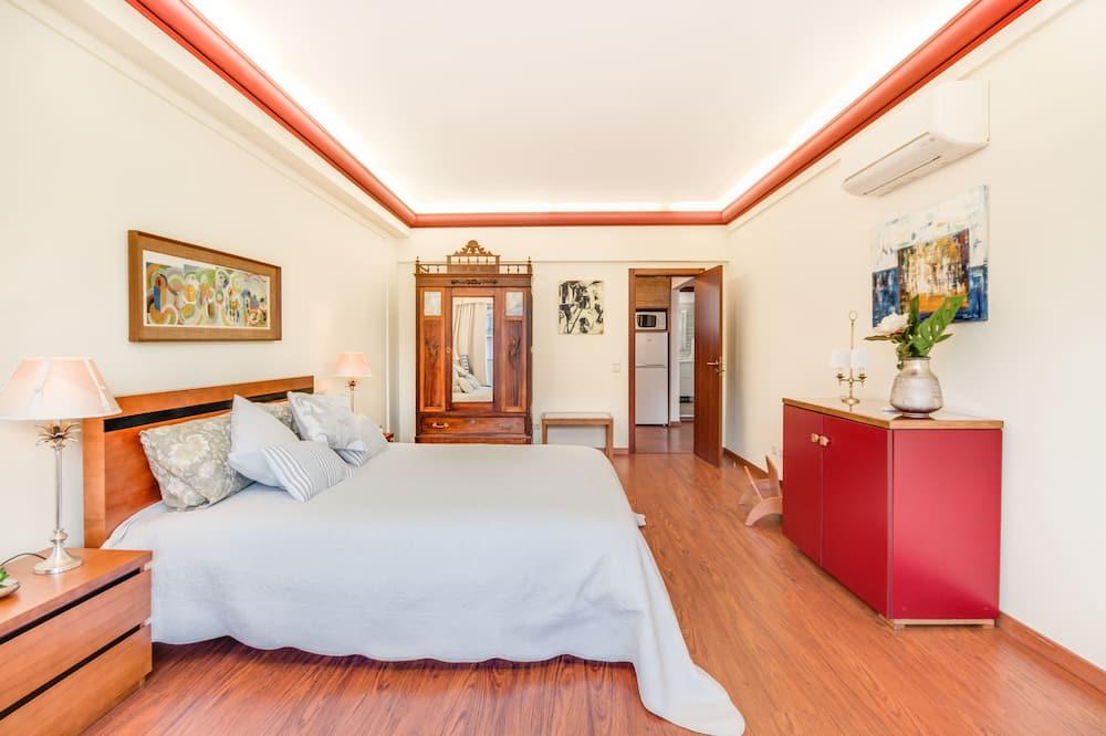 Dzīvokļnumurs, divas guļamistabas, balkons - Galvenais attēls