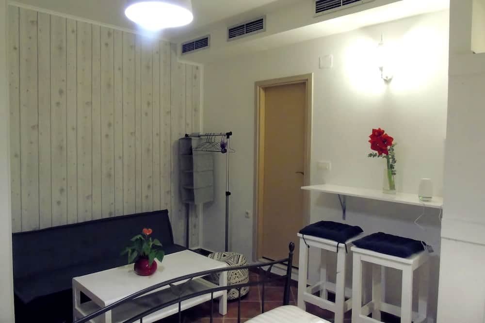 Studio (Priska) - Living Area