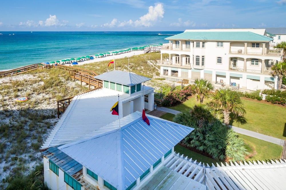 House, 3 Bedrooms - Beach