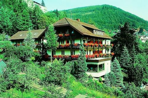ATINA-Hotel/