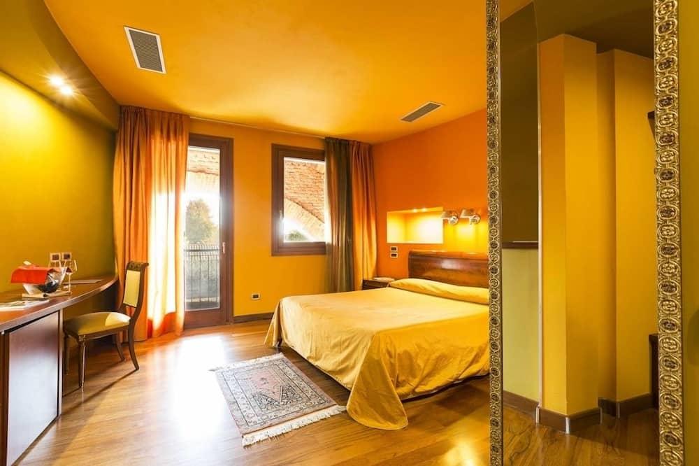 Double Room, 1 Queen Bed, Non Smoking - Guest Room