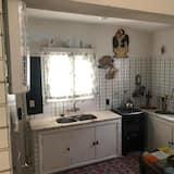 Basic Shared Dormitory, Mixed Dorm (8 beds) - Shared kitchen
