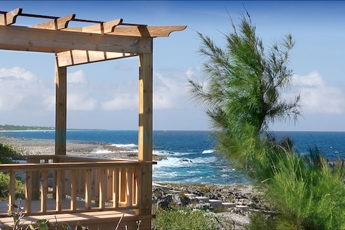 海洋塔利酒店/