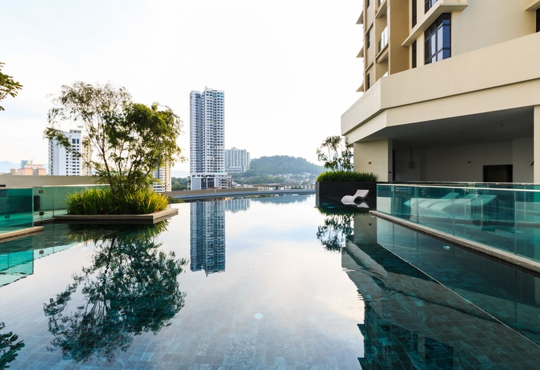 J 杜皮翁精品套房現在此處酒店, 吉隆坡, 室外泳池