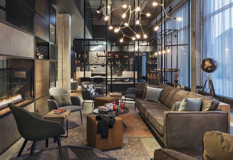Moxy Copenhagen Sydhavnen, Copenhagen, Lobby Sitting Area