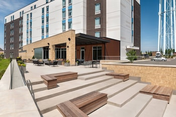 Foto SpringHill Suites by Marriott Milwaukee West/Wauwatosa di Milwaukee
