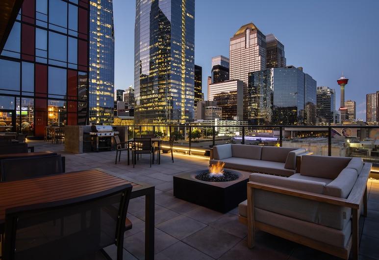 Residence Inn by Marriott Calgary Downtown/Beltline District, Calgary, Terrace/Patio