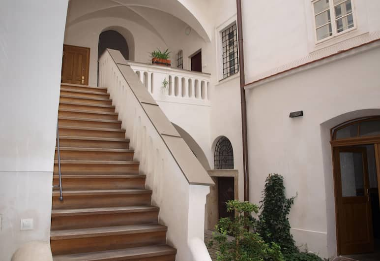 Castle apartment, Praha, Õu