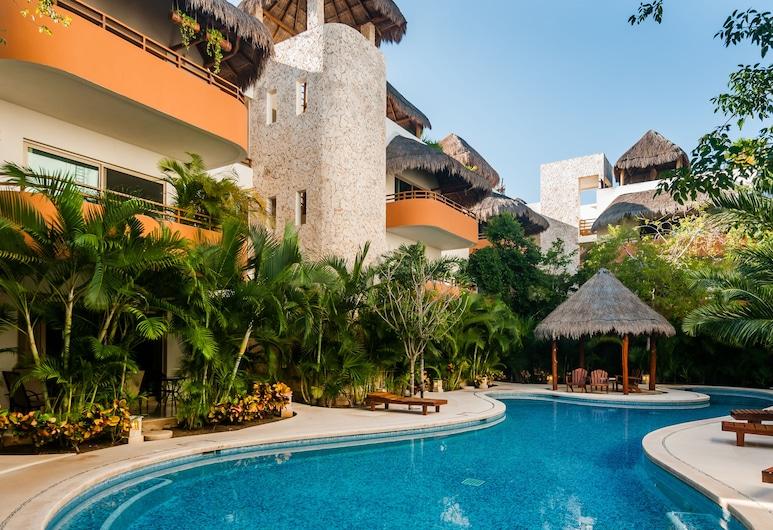 Stunning Penthouse in Magical Tulum, Tulum, Uima-allas