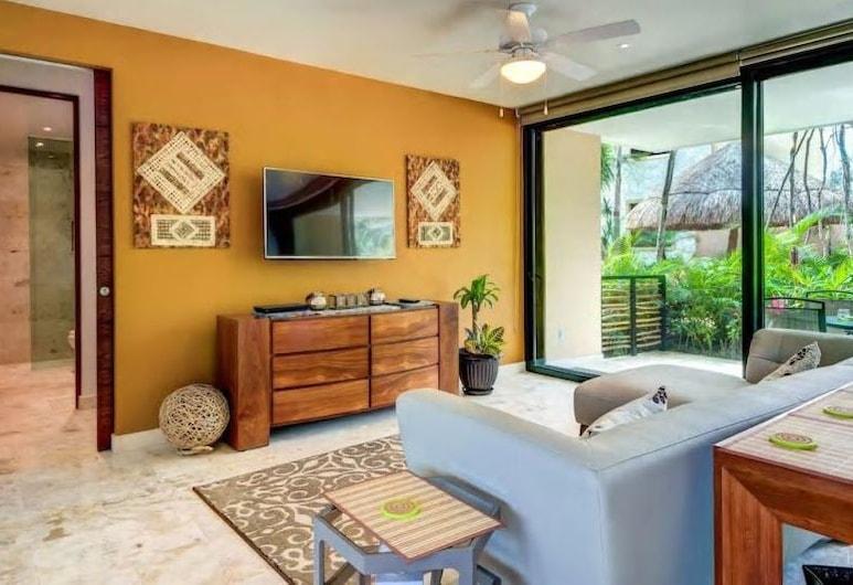 Stunning 2 Bed With Private Garden, ENCANTO ESTE 103 - By Salt-Kisses, Tulum