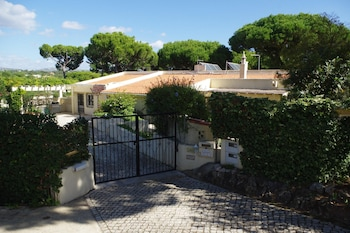 Fotografia do Villa With 4 Bedrooms in Vilamoura, With Private Pool, Enclosed Garden and Wifi - 3 km From the Beach em Vilamoura