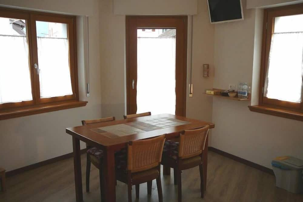 Apartment, 2 Bedrooms (Stella Alpina) - In-Room Dining