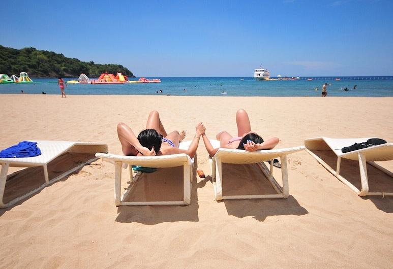 卡玛娅海岸酒店, 马里韦莱斯, 海滩
