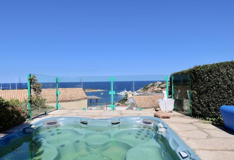 Villa Simonetta, Arzachena, Bồn tắm spa ngoài trời