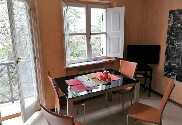 Residence Teatro Romano, Trieste, Apartment, 1 Bedroom, Balcony, City View, Room