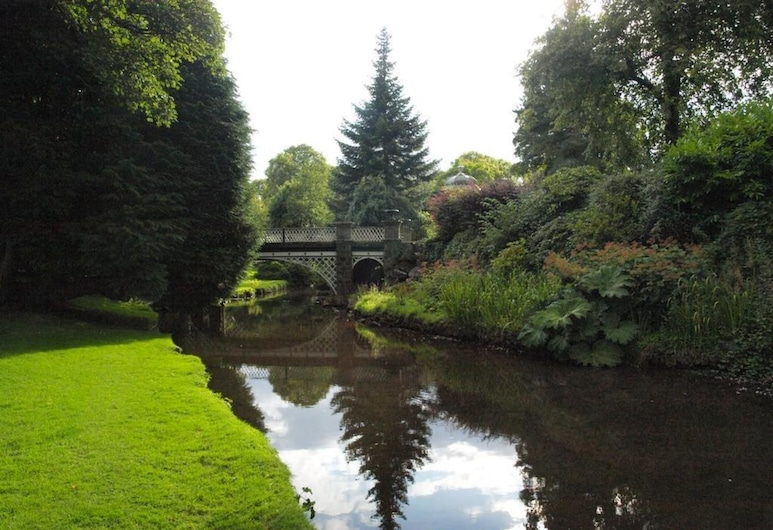 Hargate Hall - Hardwick, Buxton, House, Multiple Beds, Property Grounds