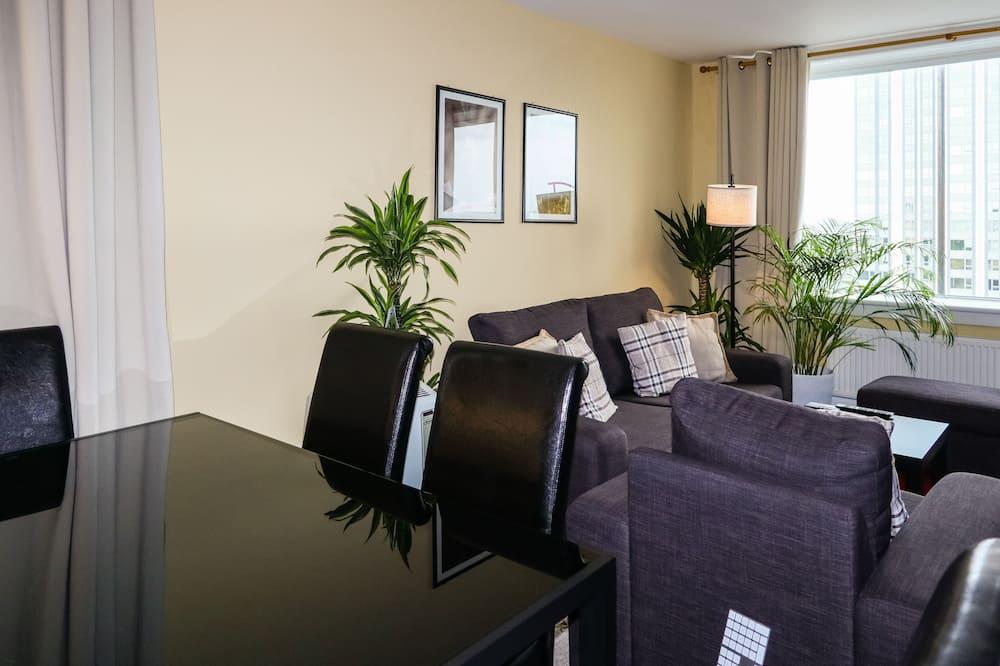 패밀리 아파트, 침실 3개, 금연, 시내 전망 - 거실