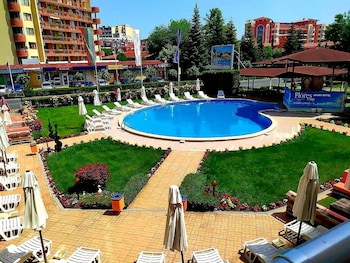 Picture of Apart-Hotel Flores Park in Sunny Beach