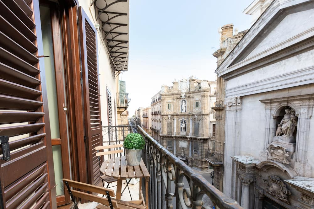 Apartment, 2 Bedrooms, City View - Balcony View