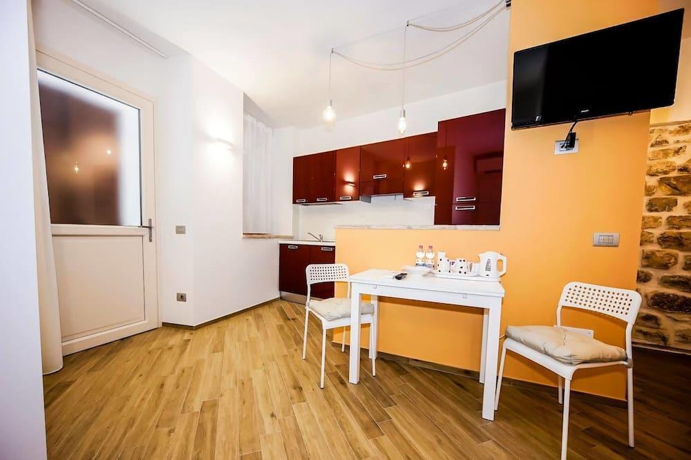 Studio, 1 Katil Ratu (Queen) dengan Katil Sofa, Non Smoking, Kitchen (Gauguin) - Ruang Tamu