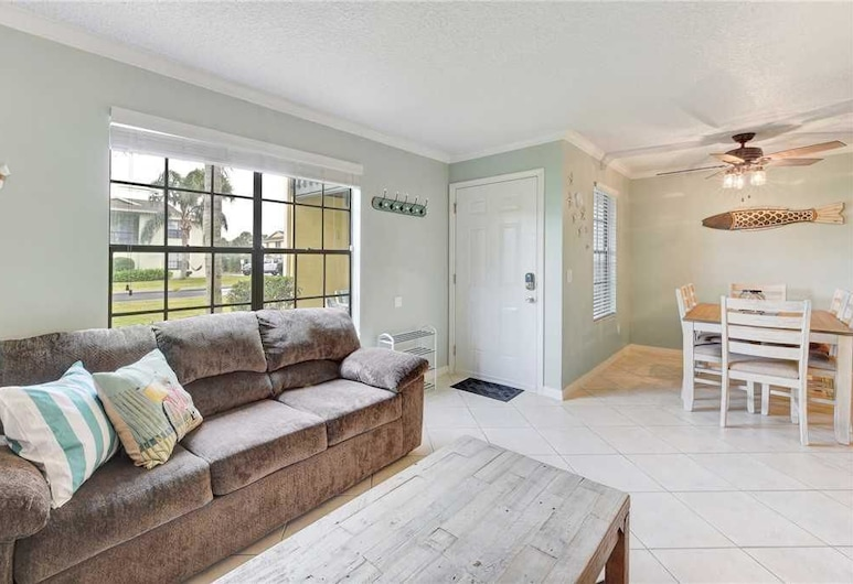 Seaside Villas 18 - Two Bedroom Home, St. Augustine, House, 2 Bedrooms, Patio, Living Area