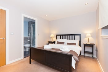 Gambar Modern Two Bedroom Apartment di Edinburgh