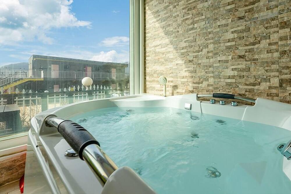 Phòng (Spa) - Bồn tắm spa riêng