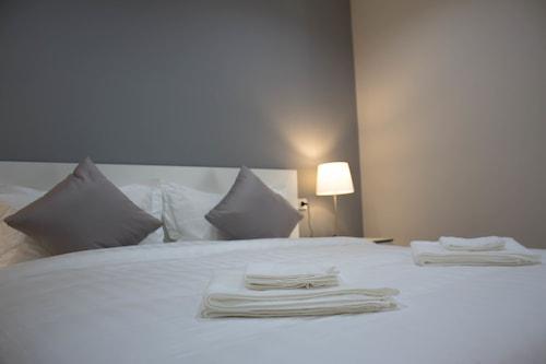 โรงแรมโมคา/