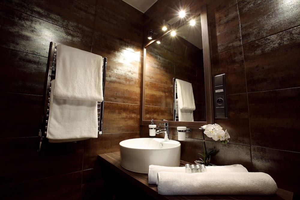 Deluxe Δίκλινο Δωμάτιο (Double), 2 Μονά Κρεβάτια - Μπάνιο